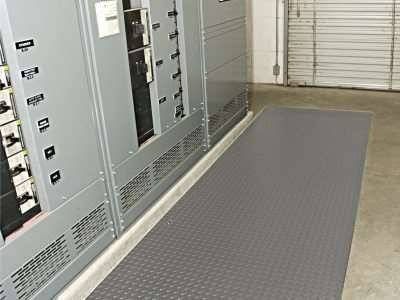 diamond plate switchboard safety mat