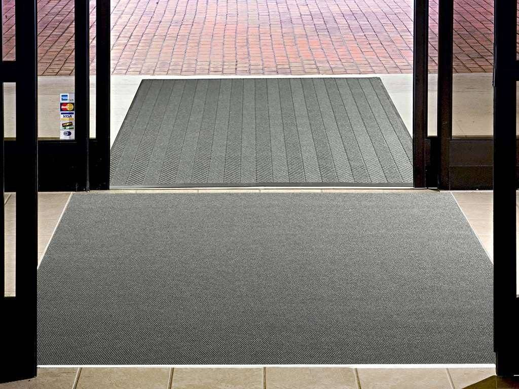 high traffic recessed entrance mat
