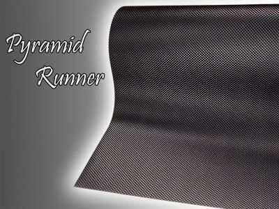 pyramid runner mat